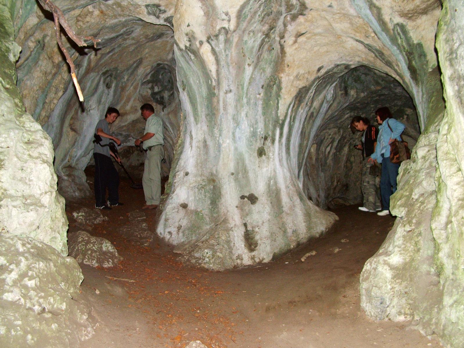 Jaskinia Ostreznicka (11).jpg