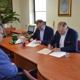 16.05.2019 - Podpisanie umowy na budowę kanalizacji w Czepurce